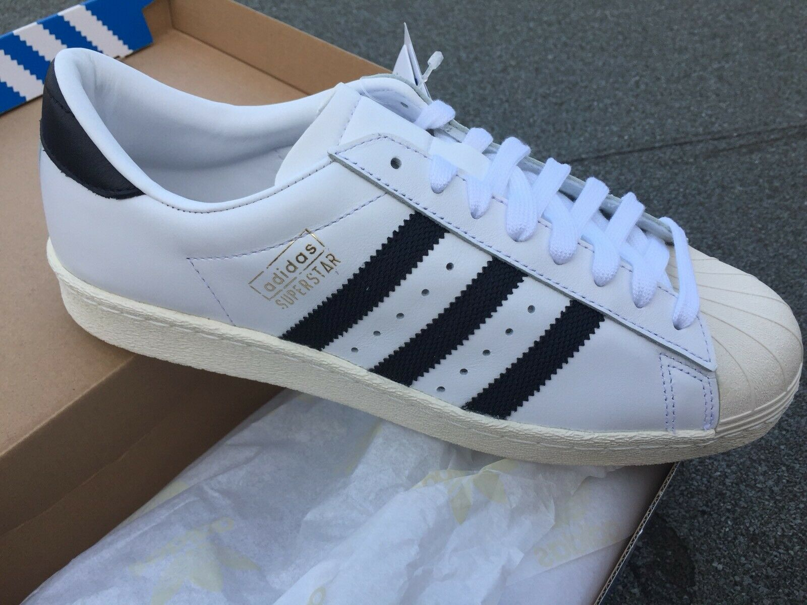 Adidas súperEstrella OG Uk8 Us8,5 Originals NEW
