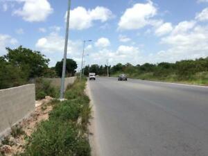 Magnifica propiedad!!! Terreno en venta en Cancún a orilla de Arco Vial C1324