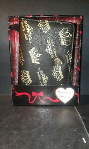 Betsey-Johnson-Crown-wallet-Boxed-Small-Flap-Black-Gold-NEW-WITH-TAGS