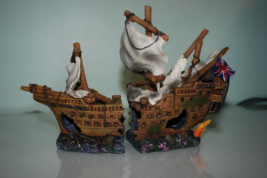 Stunning Aquarium Detailed Galleon With Sails 42 x 14 x 26 cms For All Aquariums