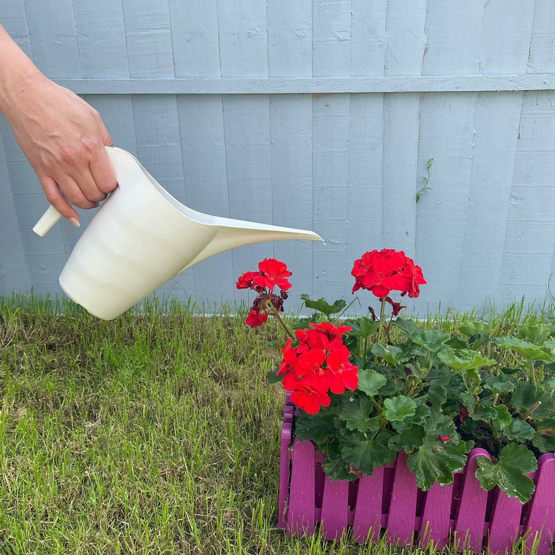 Flower Watering Can. Long Narrow Spout In/Outdoor Flower Watering Jug. (1&2 L).
