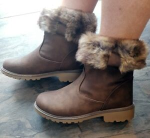 New-Khaki-Womans-Boots-Faux-Fur-Ankle-Flat-Casual-Walking-Hiking-Warm-Ladies-UK