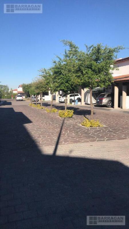 Casa en Renta Lomas del Campanario I, Querétaro