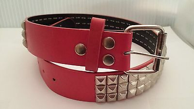 Pyramid Studded Snap On leather belt S 30-32  Black Silver