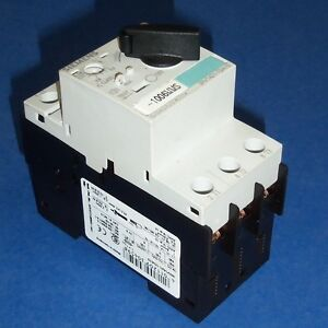 SIEMENS 2.2-3.2A SELF PROTECTED MOTOR STARTER SWITCH 3RV1421-1DA10