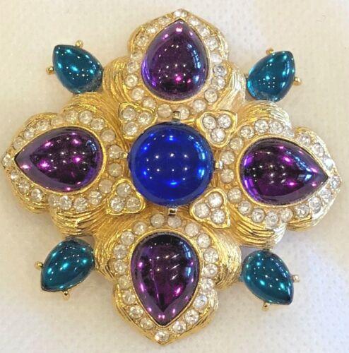 Vintage Joan Rivers Gold Tone Maltese Cross Caboch