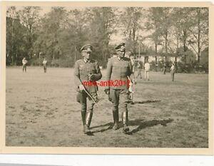 3-x-Foto-Wehrmacht-Infanterie-Einheit-Fussball-an-der-Ostfront-10