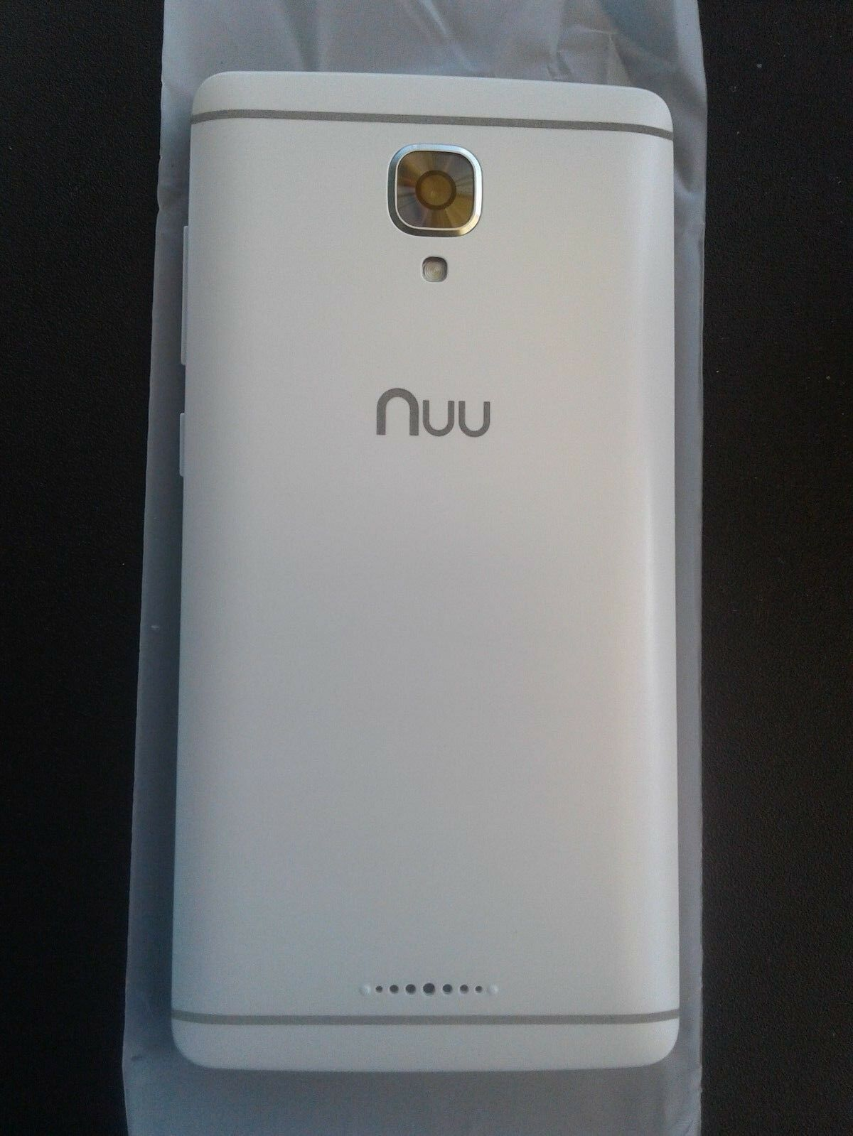 New Unlocked Gsm T Mobile 4g Smart Cell Phone Nuu A3 White