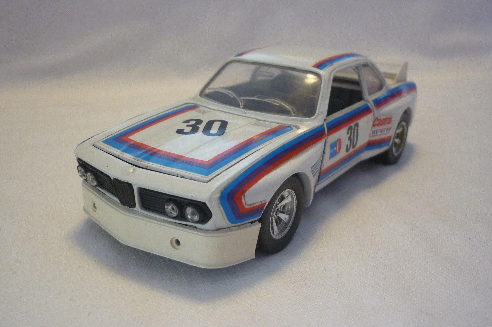 Bburago - Miniatura de Metal - BMW 3  0 Cs - 1 24 - (5.DIV-31)
