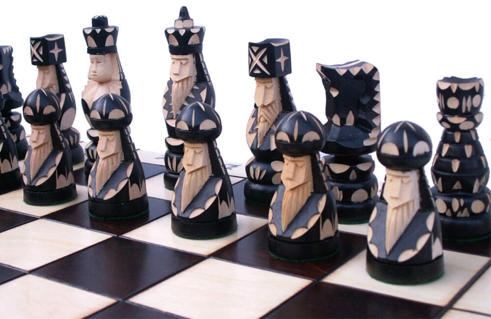 Large chess hand-carved pop dash 55x55 cm kh 110mm wood