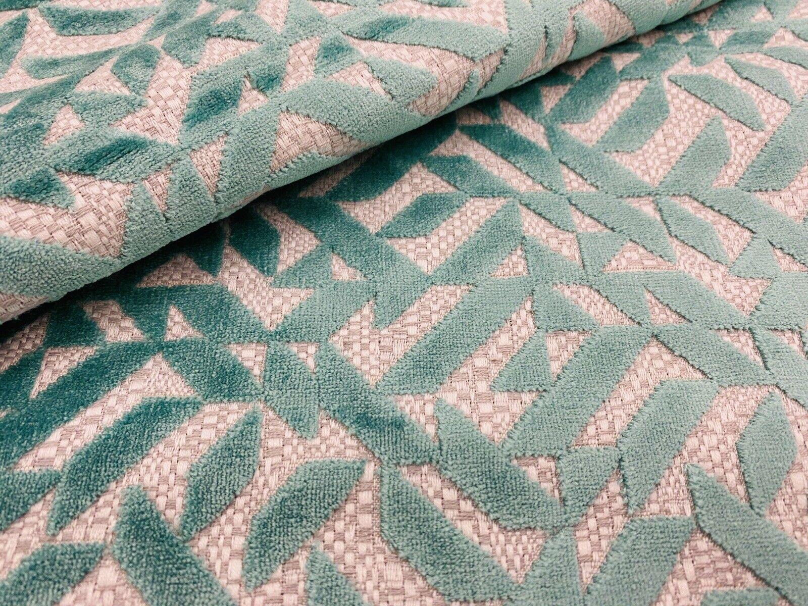 Designers Guild Fabric Cut in Velluto a Righe piomba ROSE F2107//07