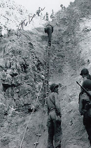 Details about D-DAY Ranger Pointe-du-Hoc O Bayer WWII Omaha Beach SIGNED  4x6 PHOTO AUTOGRAPHED