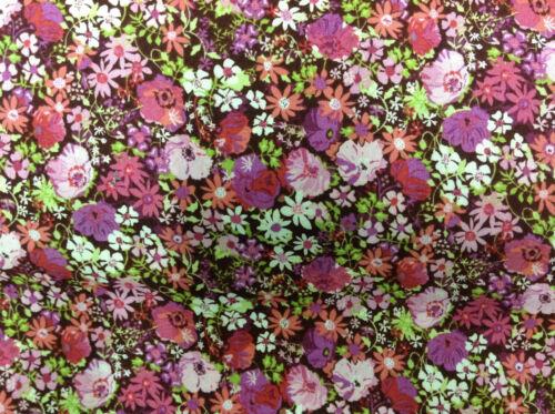 Tissu patchwork fleur makower 1000 p