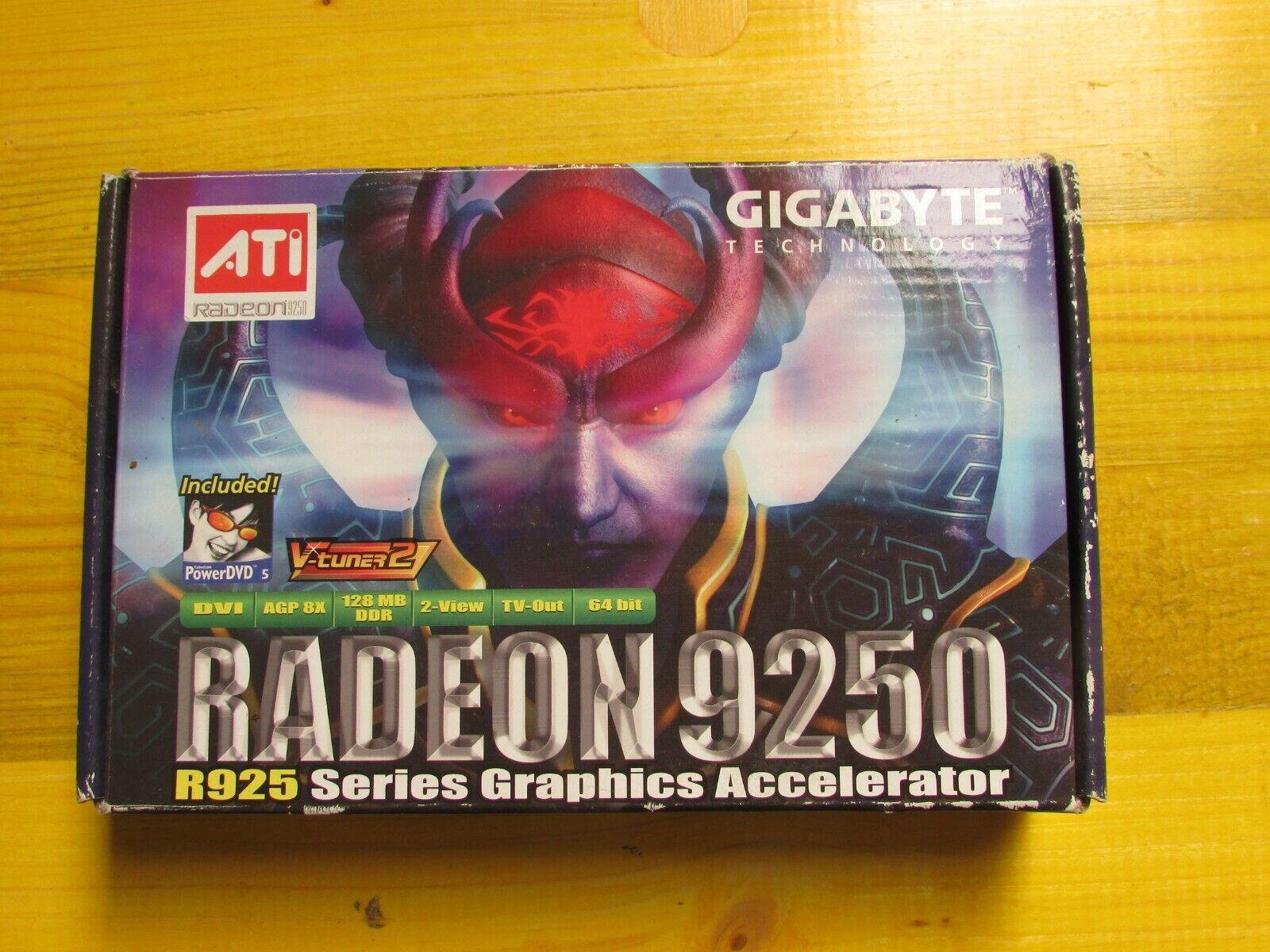 Scheda Video Radeon 9250 R925 series graphics Accelerator GigaByte teclonogy AT.