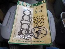 NOS OEM Honda Gasket Kit A1976-1978 CB550F 06110-390-010
