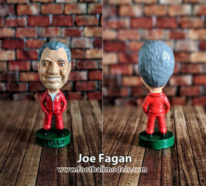 Joe-Fagan-Liverpool-non-Corinthian-Prostars-football-figure