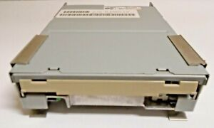 Teac-FD-235HG-A380-1-44Mb-3-5-Inch-Internal-Floppy-Drive-193077A3-80-with-cable