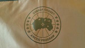 LATEST CONCEPT BLACK LABEL/BRANTA CANADA GOOSE LIMITED PRODUCED GARMENT BAG