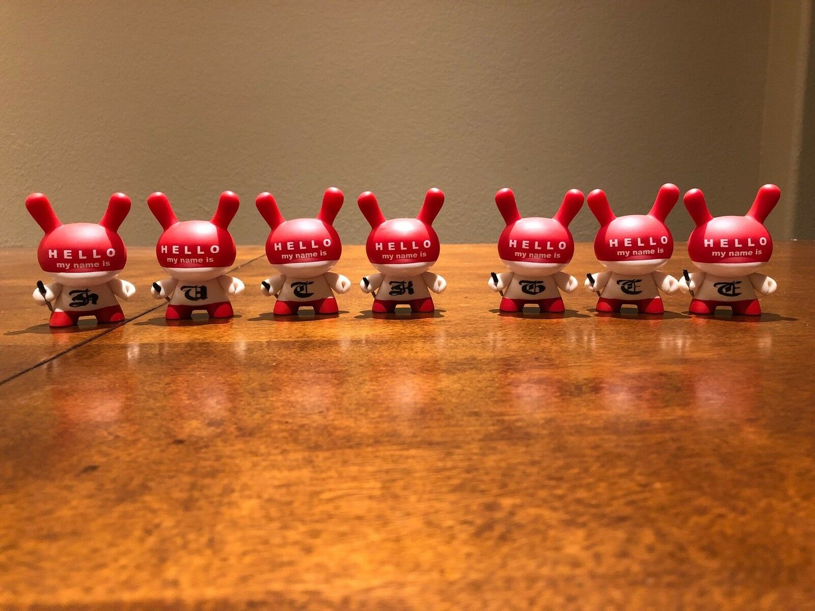 Kidrobot Hello My Name Is Dunny Vinyl cifra Huck Gee Series 3 HMNI 2006