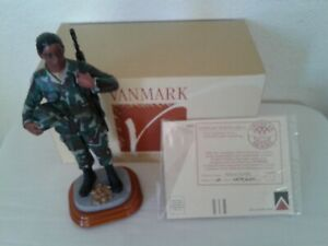 Vanmark-American-Heroes-034-Pensive-Moment-034-Male-Soldier-Limited-Edition-of-2500