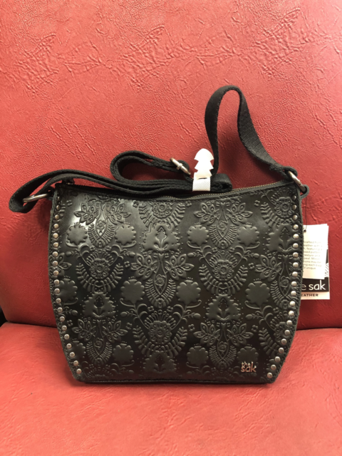NWT The Sak Collective Holden Embossed Leather Clutch// Wallet// Crossbody 108123
