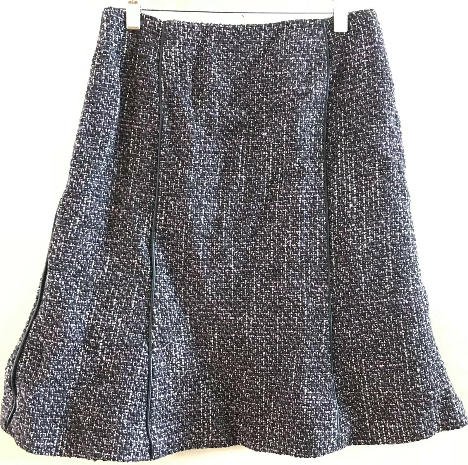 DANA BUCHMAN Wool Blend Leather Trim Skirt Size 8 Pet Gently Worn Exc Condition