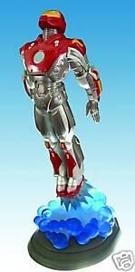 Ultimate-Iron-Man-Art-Asylum-Digger-Marvel-Milestones