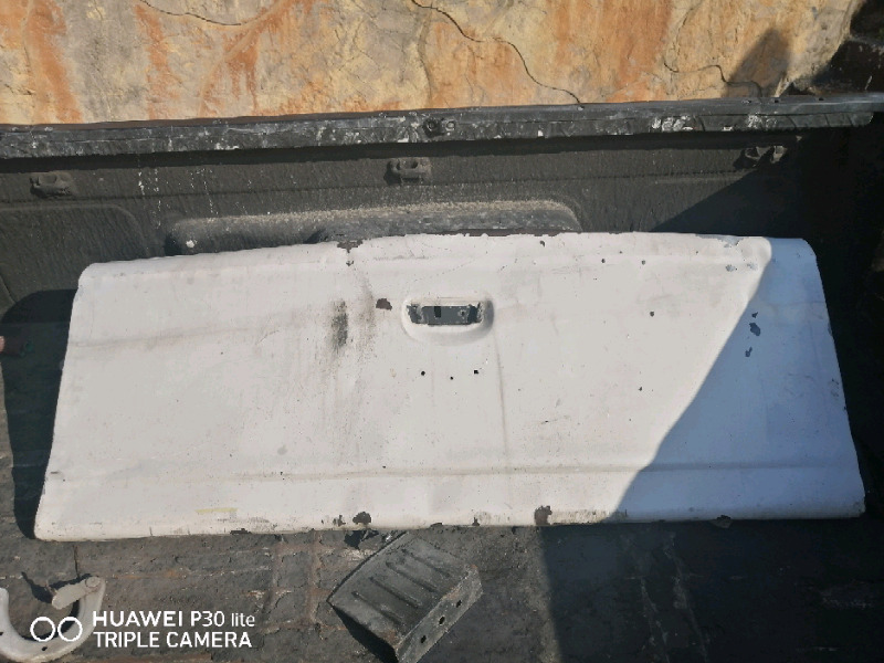 Ford rocam tailgate