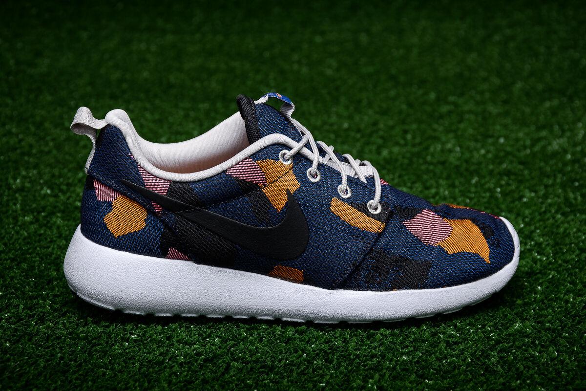 Nike da donna roshe un broccato stampa partita royal scarpe taglia 6