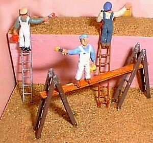 Workmen-on-ladders-F171d-UNPAINTED-OO-Scale-Langley-Models-Kit-People-Figures