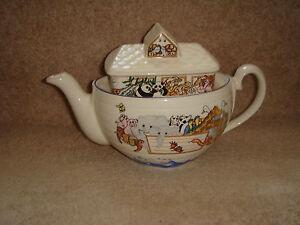 wade-for-boots-noahs-ark-tea-pot-vintage