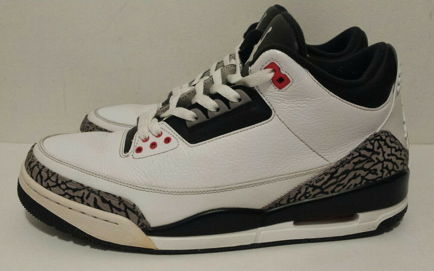 Nike Air Jordan III Retro 3 Cement Infrared White Black 136064-123 Mens Size 12