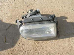 Nebelscheinwerfer-rechts-Renault-ClioI-Phase-II