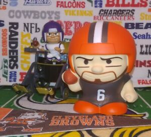 Party Animal Cleveland Browns QB Quarterback Mayfield #6 SqueezyMates NFL Figurine