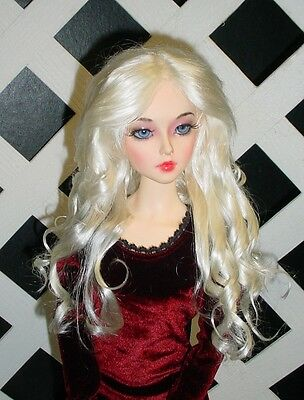 "Monique Gold DOLL Wig ""Paige"" Size 4 in White Blonde"