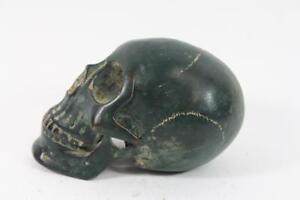 Skulptur-Figur-Bronze-Totenkopf-Skull