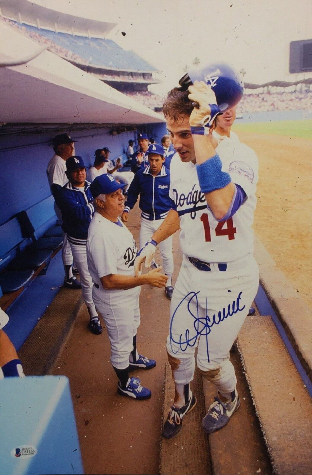 Mike Scioscia Signed Dodgers Baseball 12x18 Photo Beckett BAS C81156