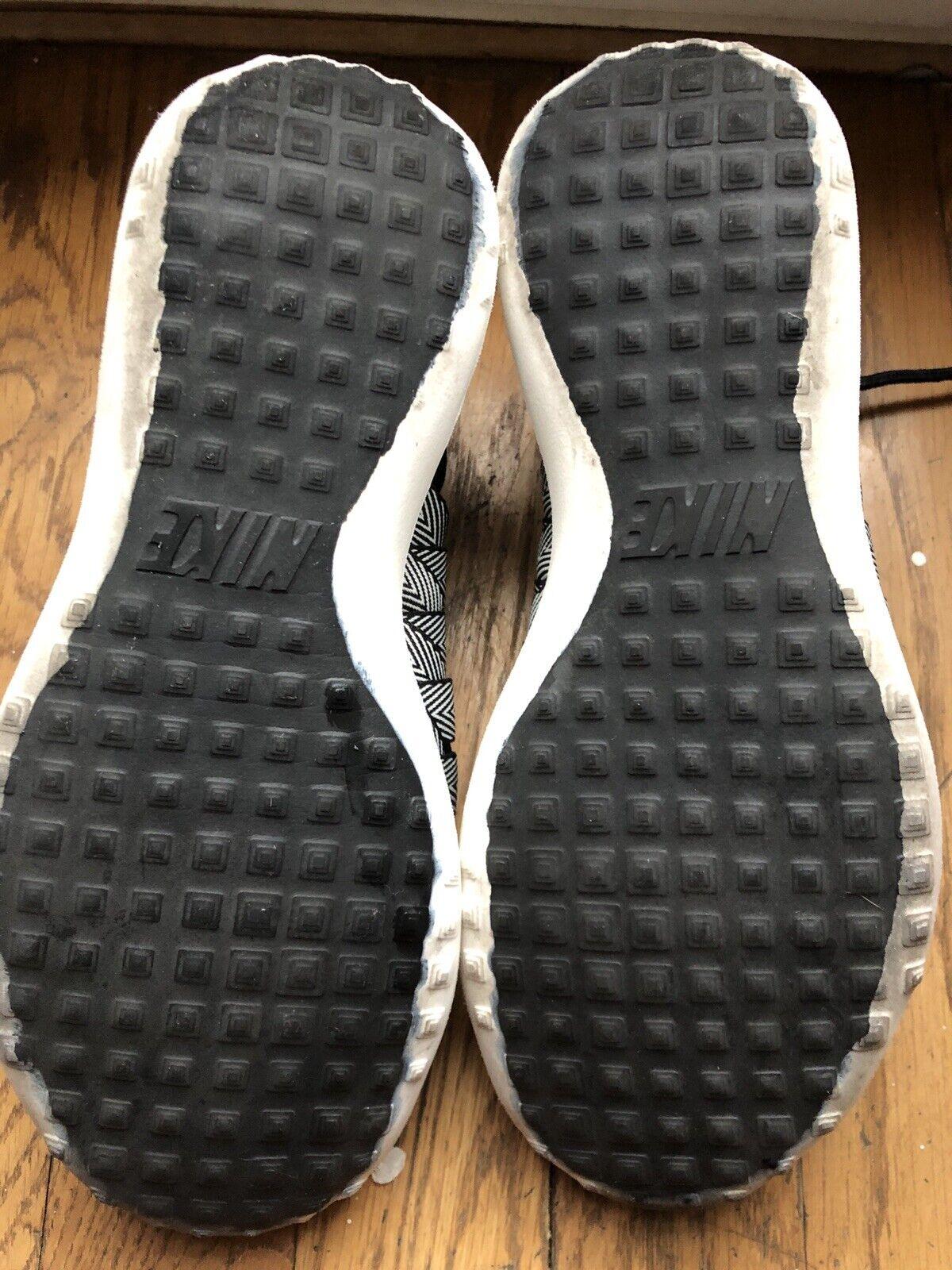 Nike Juvenate Woven Peemium Womens Shoe Size 6 - image 5
