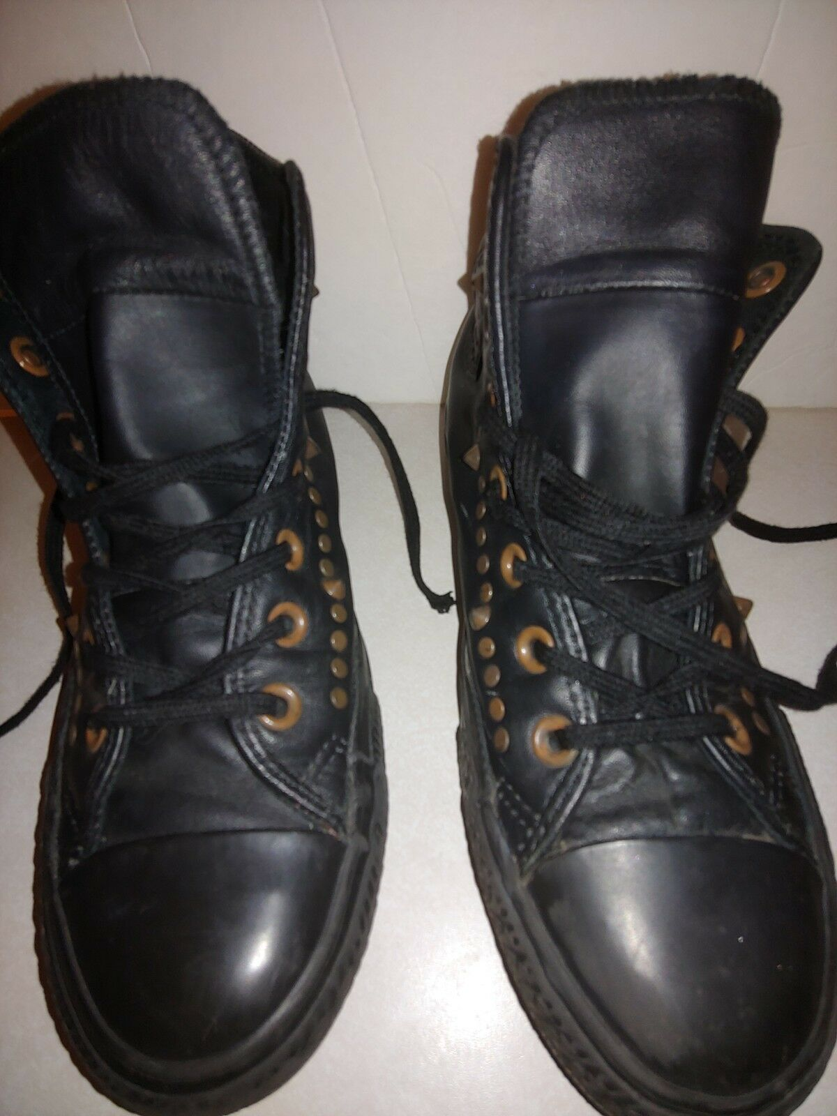 Leather stud high top comverse Size M5 W7