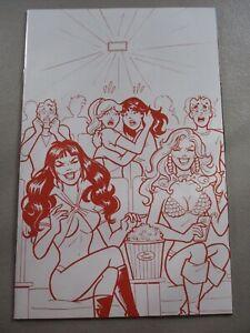 Red-Sonja-Vampirella-Meet-Betty-Veronica-7-1-15-Parent-Tint-Virgin-Variant