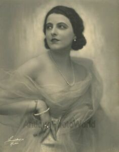 Marcella-Albani-w-pearls-silent-film-star-actress-writer-antique-art-photo
