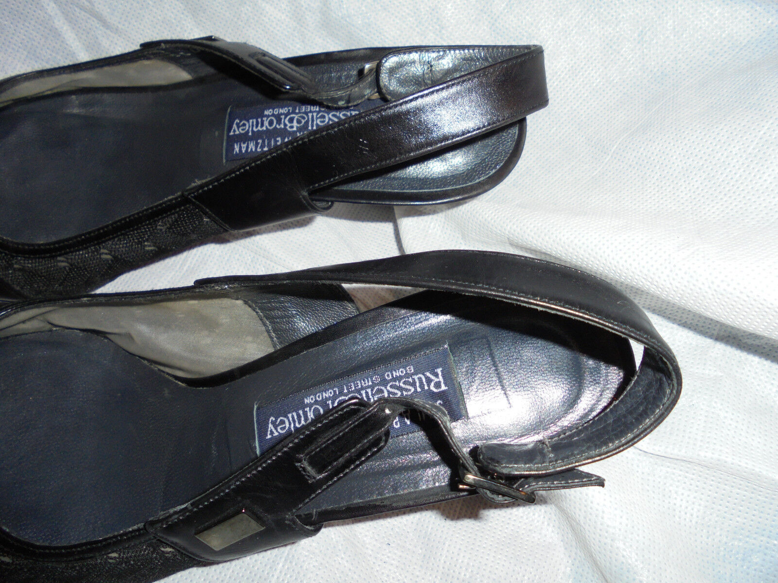 RUSSELL & BROMLEY WOMEN'S GREY TEXTILE BUCKLE STRAP SANDAL SIZE US UK 4 EU 37 US SIZE 7 32d3ab