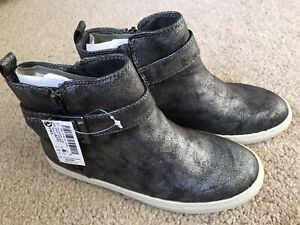 BNWT Next Girls Ankle Boots. Silver