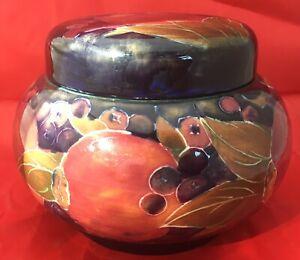 Rare-Signed-William-Moorcroft-Pomegranate-Screw-top-Jar