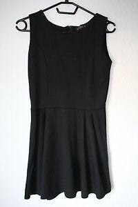 Kurzes-schwarzes-Kleid-von-Club-L-Gr-L-Gothic-Chic