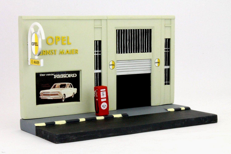 Wonderful German model-diorama OPEL-GARAGE OPEL-GARAGE OPEL-GARAGE ERNST MAIER - 1 43 - ltd. Ed. 08a827