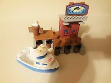 FISHER PRICE GEOTRAX FISHING DOCK PORT BOAT PIER TRACK RAILROAD TRAIN SET LOT