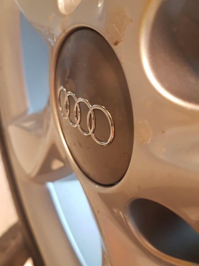 """Originale 17"""" Audi fælge, Passer A6 4G"""