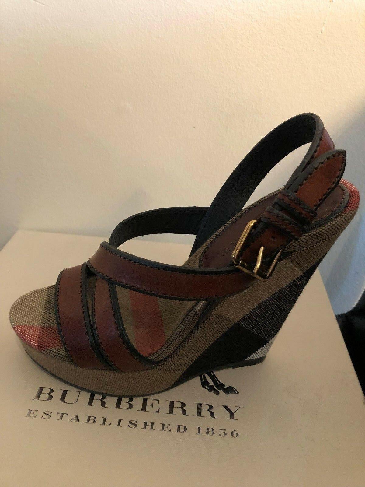 NEW Burberry Brit Canvas Check & Leather Warlow Warlow Warlow Crisscross Wedge Sandals Taille 37 5115d5
