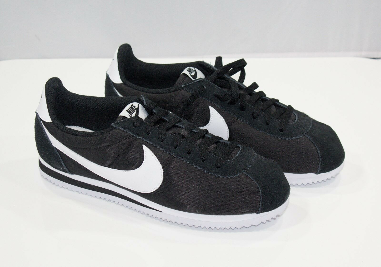 NIKE CORTEZ CLASSIC NYLON 807472 011  SIZE 10 Fast Free Shippin REAL PICTURES